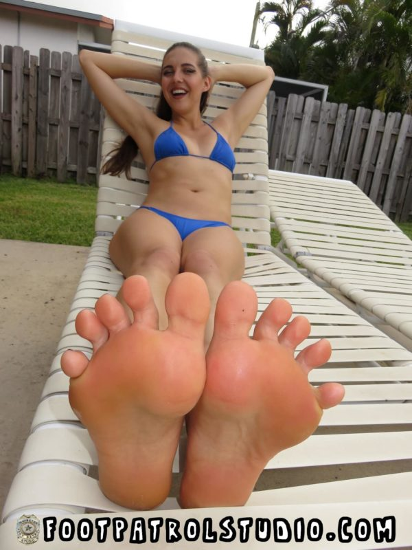 Big Load on Sexy Feet with Sadie Holmes