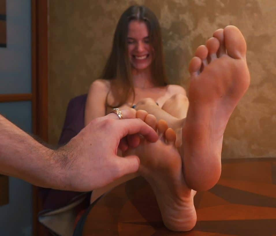 Topless Ulyasha at home – Tickling and biting her orange feet + upper body and hogtie