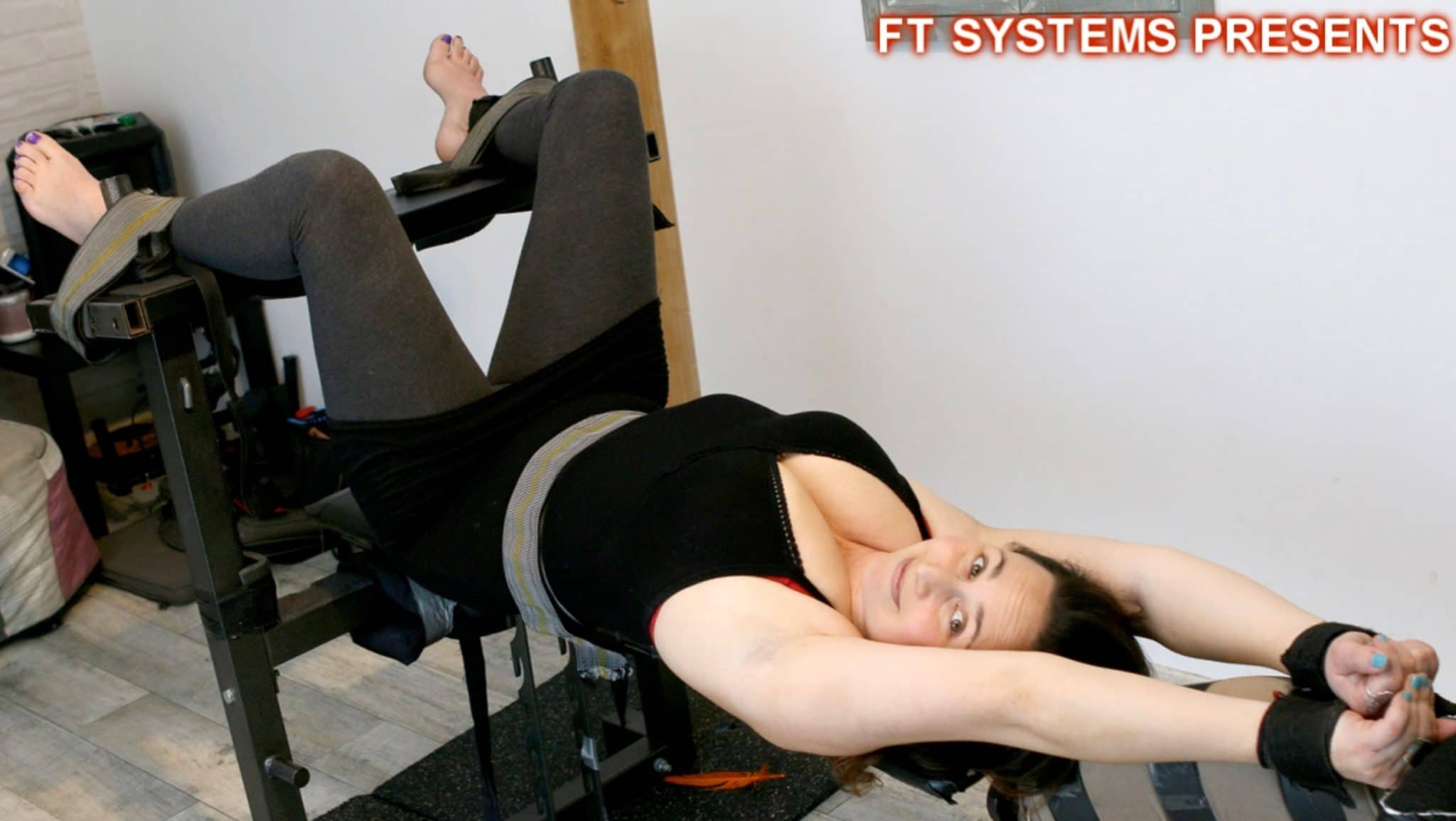 Celyn's Bare Feet Are a Delight to Lickle & To Tickle