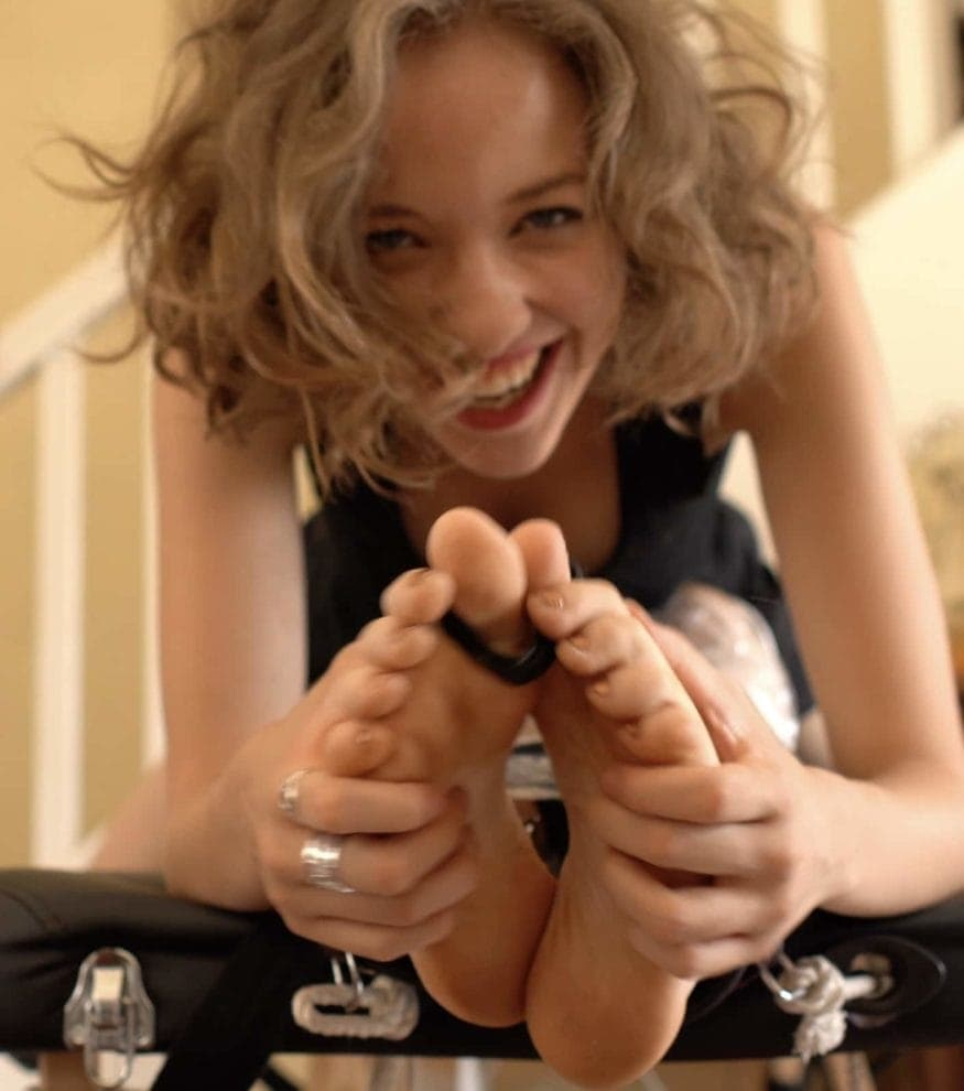 Emma Sweetheart is DIABOLIC with Wrapped Margot
